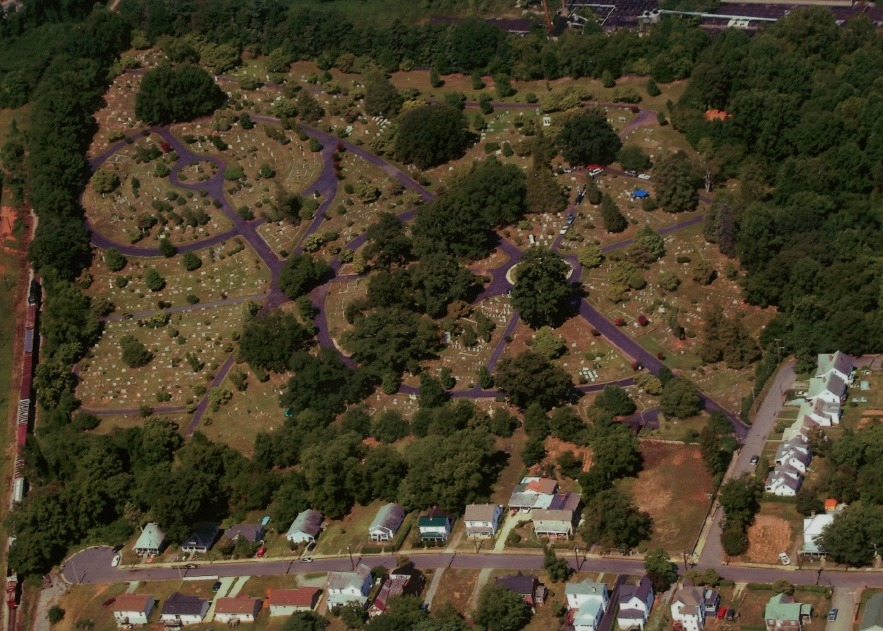 Oakwood Cemetery - Martinsville Virginia - Aerial Photo - Click to Return...